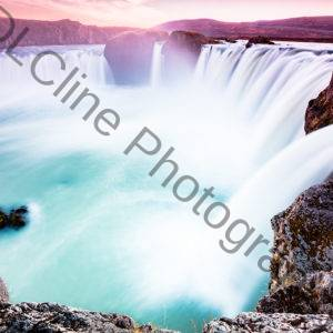 Godafoss Waterfall2